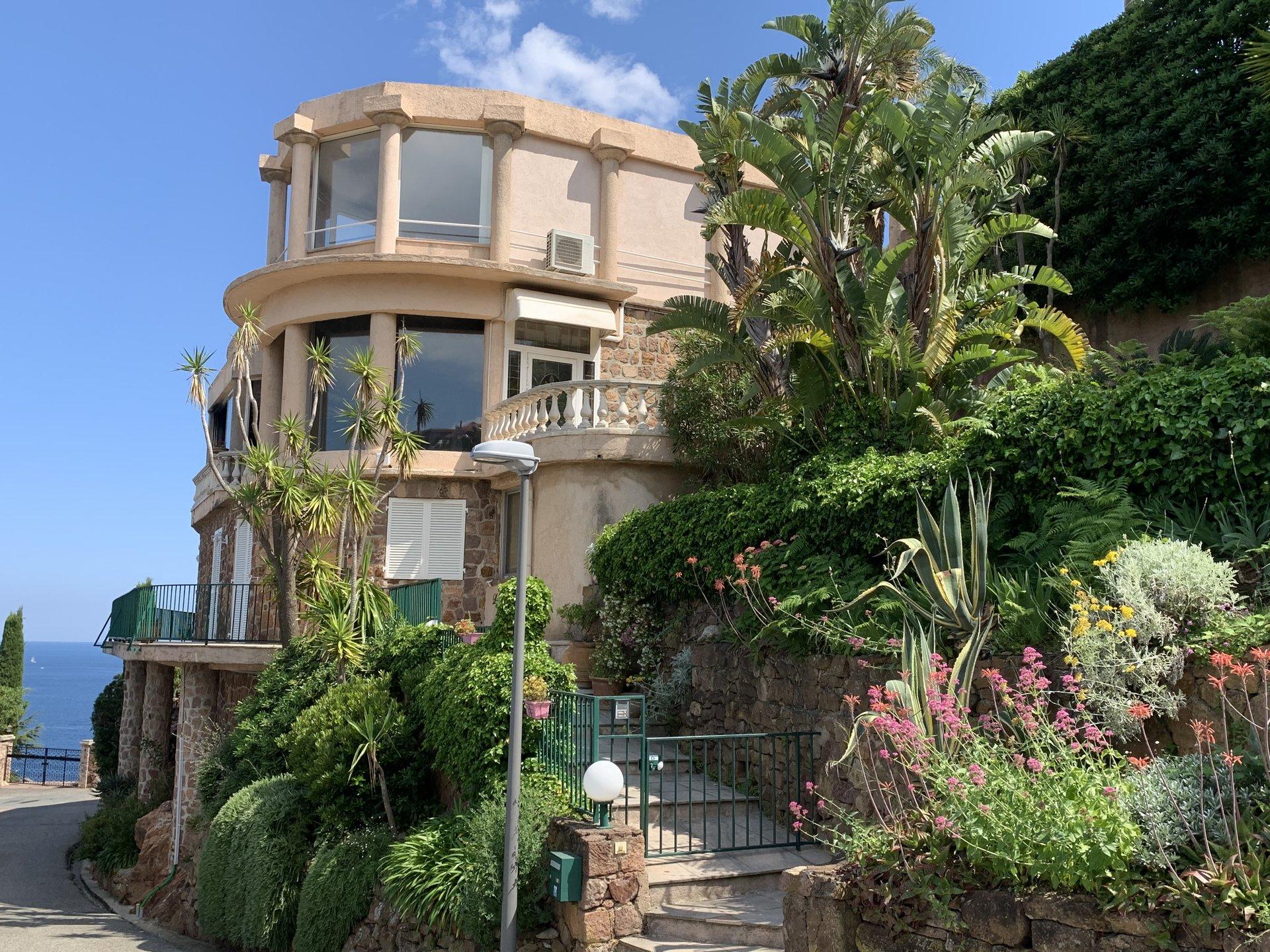 Продажа Квартира - Теуль-сюр-Мер (Théoule-sur-Mer)