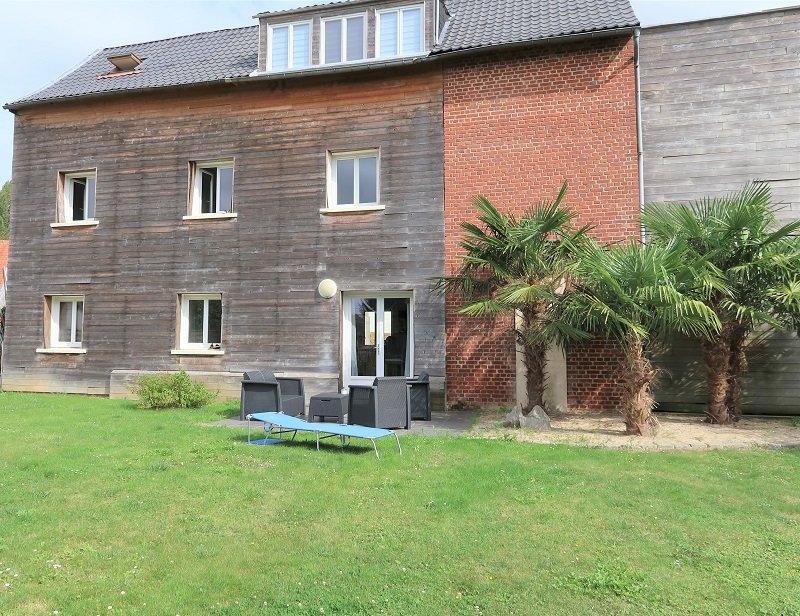 IMMEUBLE DE RAPPORT AVEC JARDIN – 177m2 –à 15 minutes d'Amiens