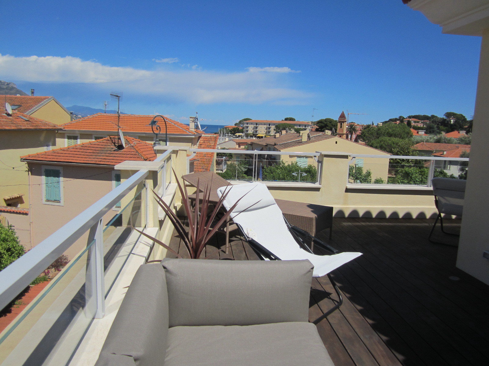 Seasonal Rental in prestigious Saint-Jean-Cap-Ferrat