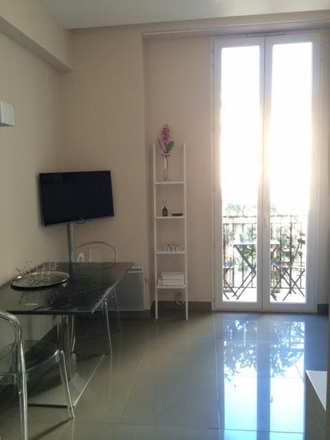 studio meublé /carre d or  / Etudiants