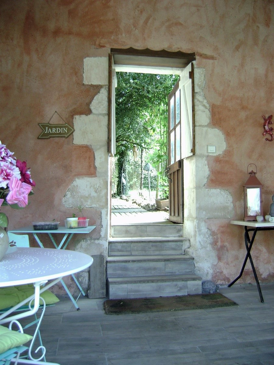 Near Le Blanc, Brenne: splendid house in a nice village