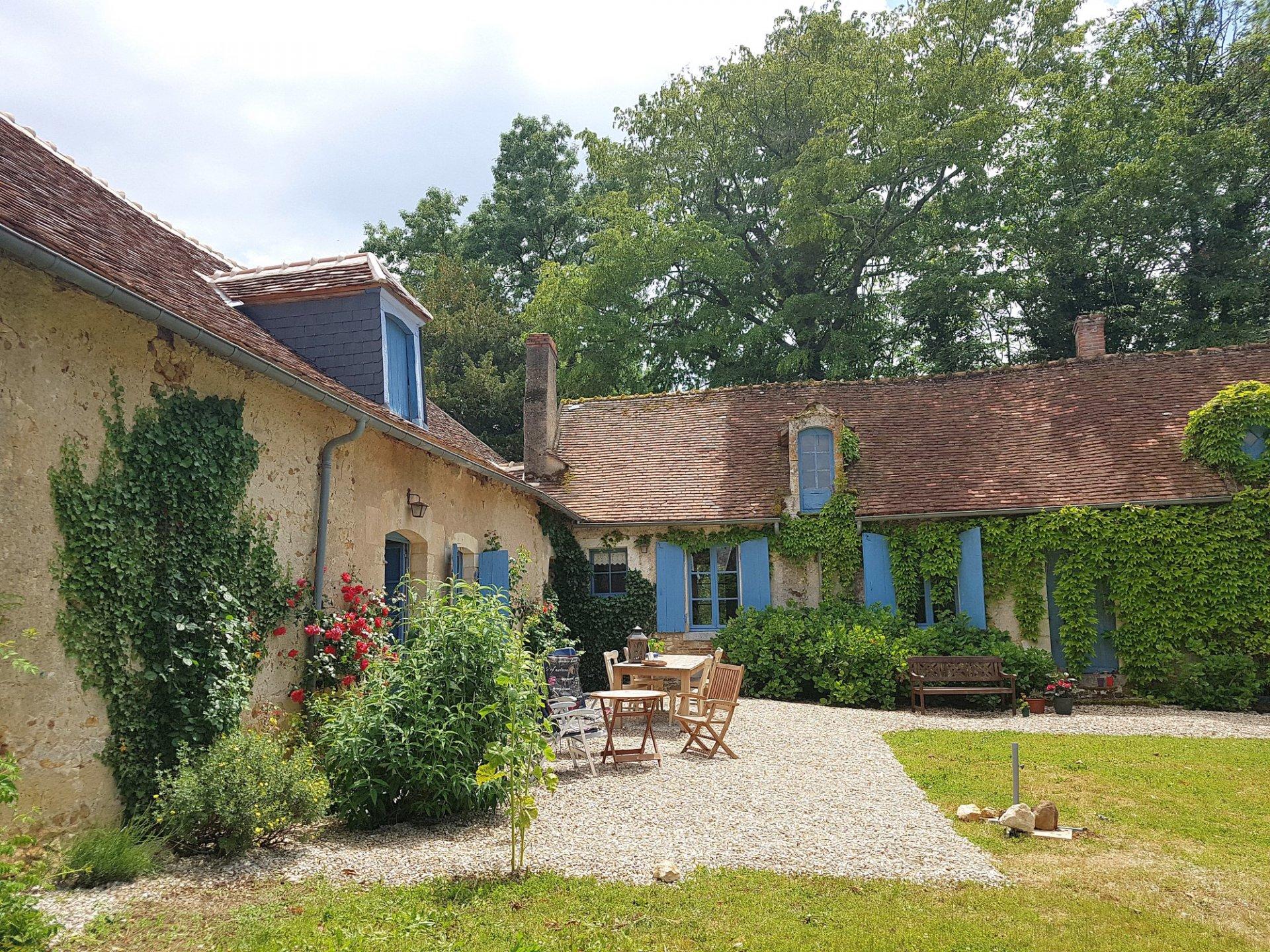 De Brenne, Indre 36: fraaie woning met wijnkelders en tuin