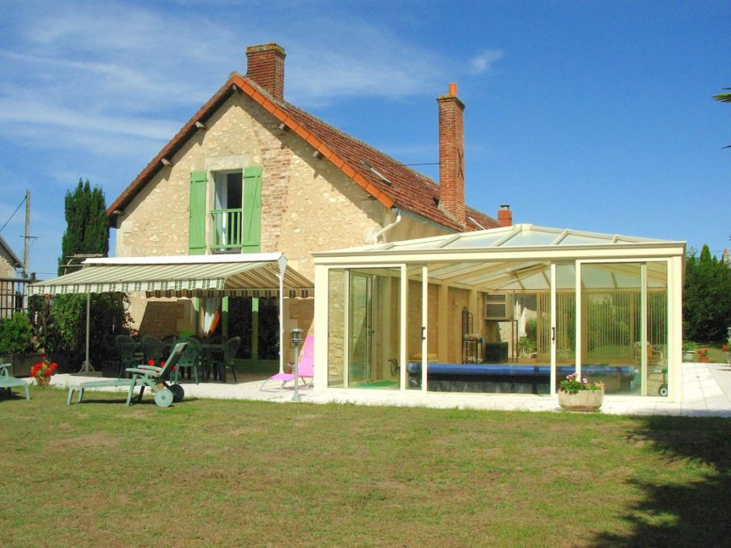 House with 2 cottages and superb pool in a big conservatory