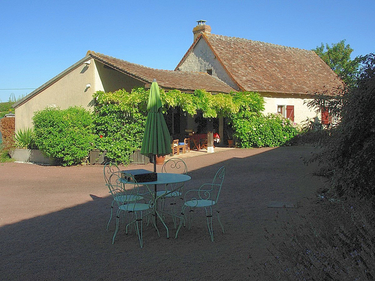 Angles sur l'Anglin, Vienne 86: property with swimming pool