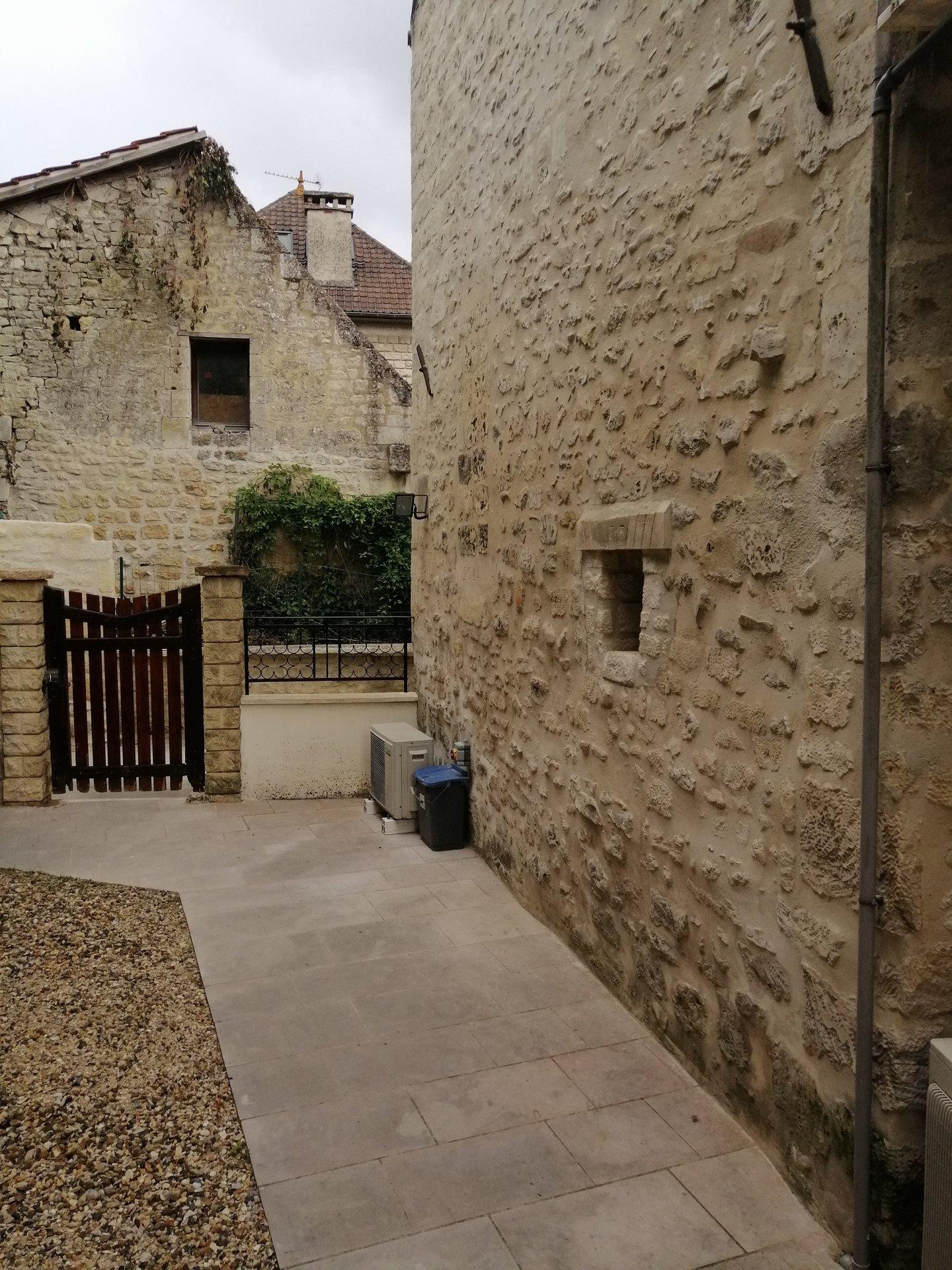 Maison De Caractère - Saint-Maximin - 219 000 € FAI