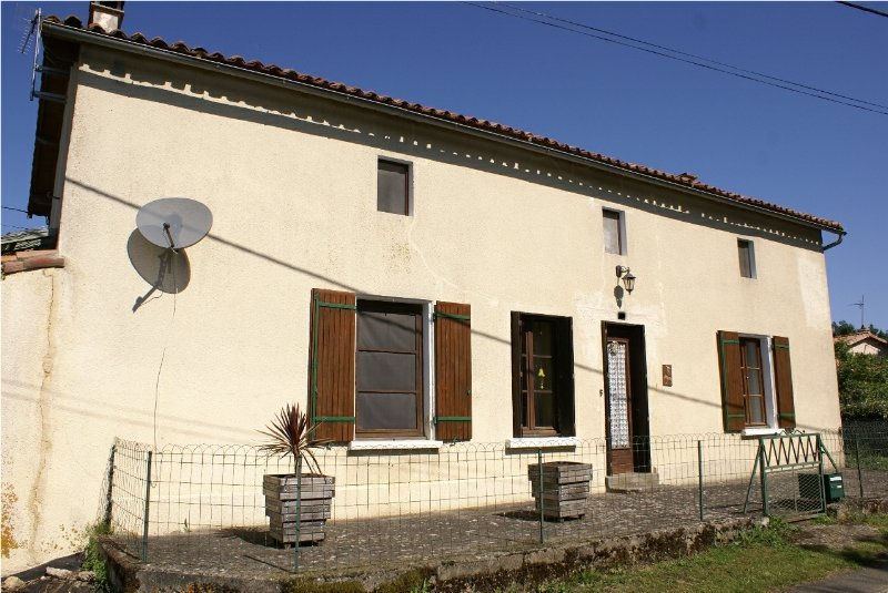 Pretty 3 bedroom Detached House