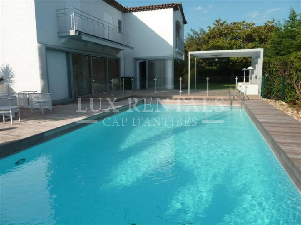 Seasonal rental Villa - Cap d'Antibes