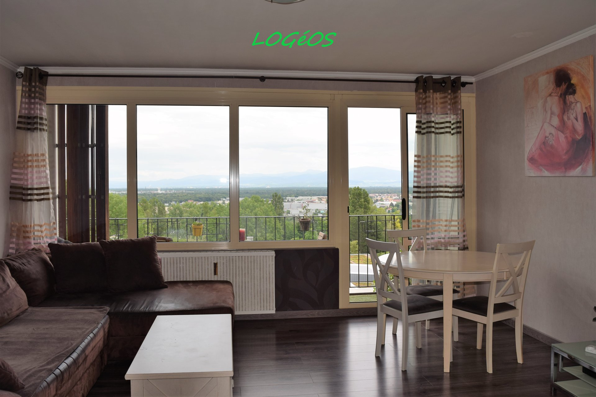 Bel appartement rénové et lumineux de 67 m2.