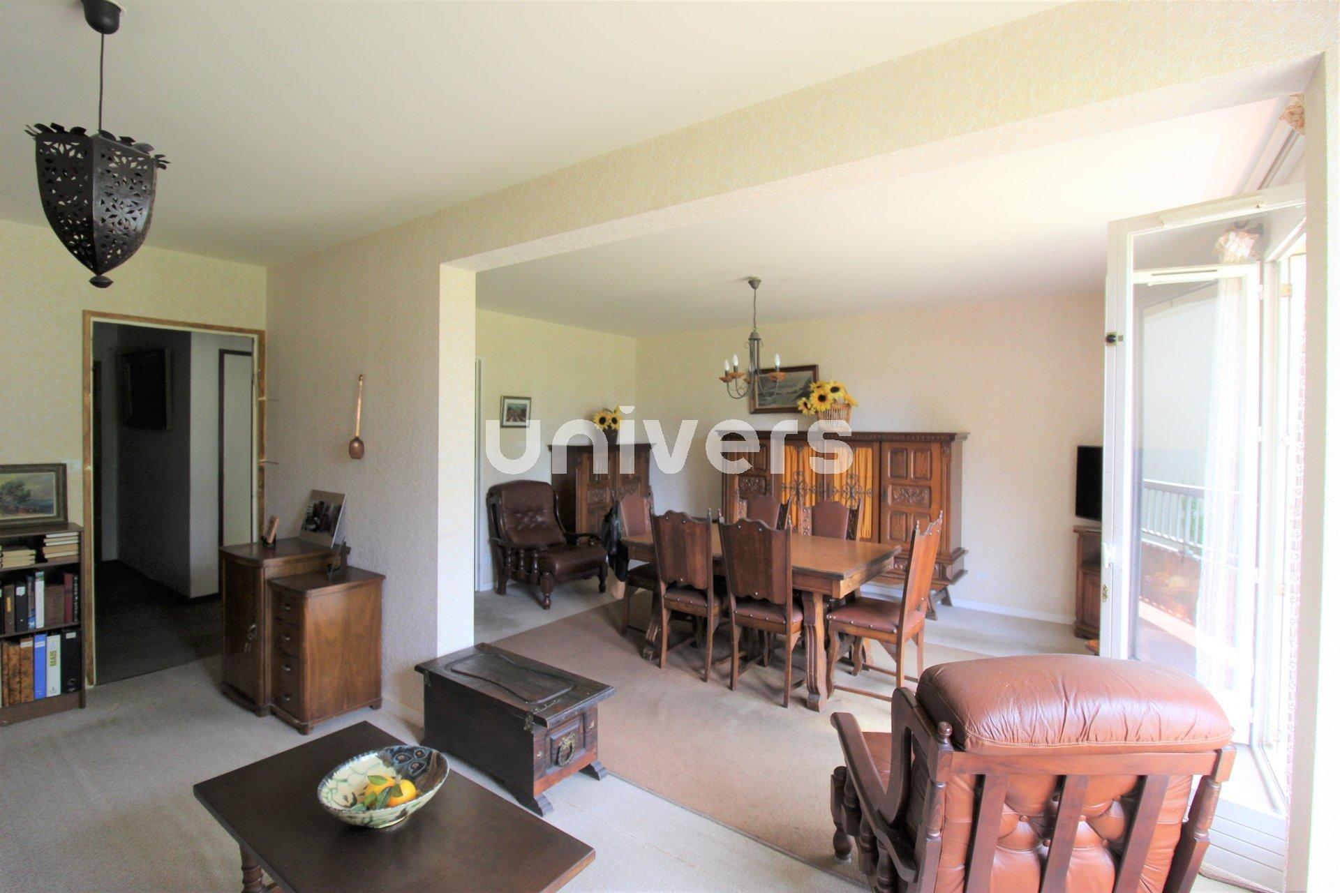 Appartement T3 de 90 m² avec balcon et garage