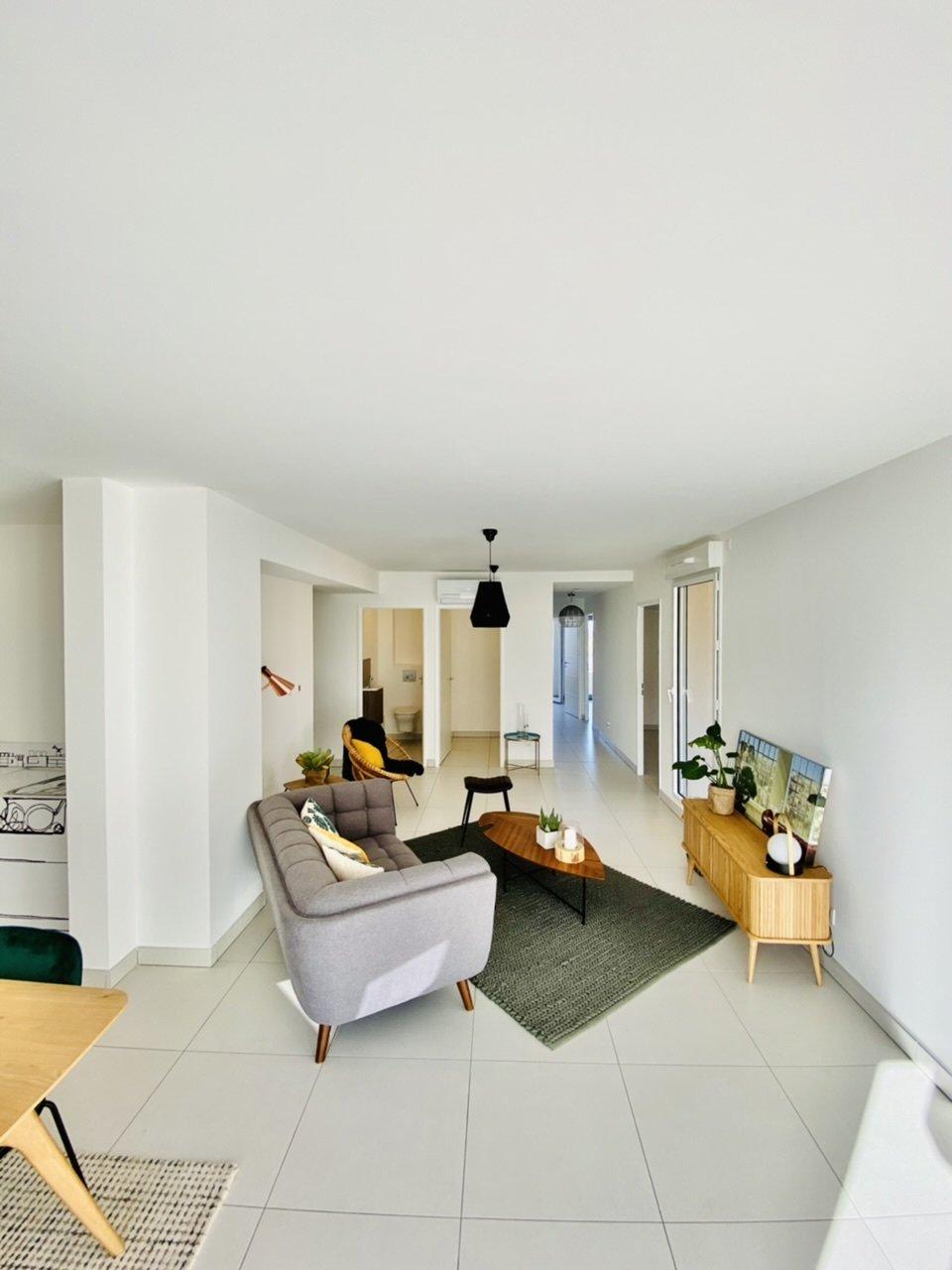 Sale Apartment - Villeneuve-de-la-Raho