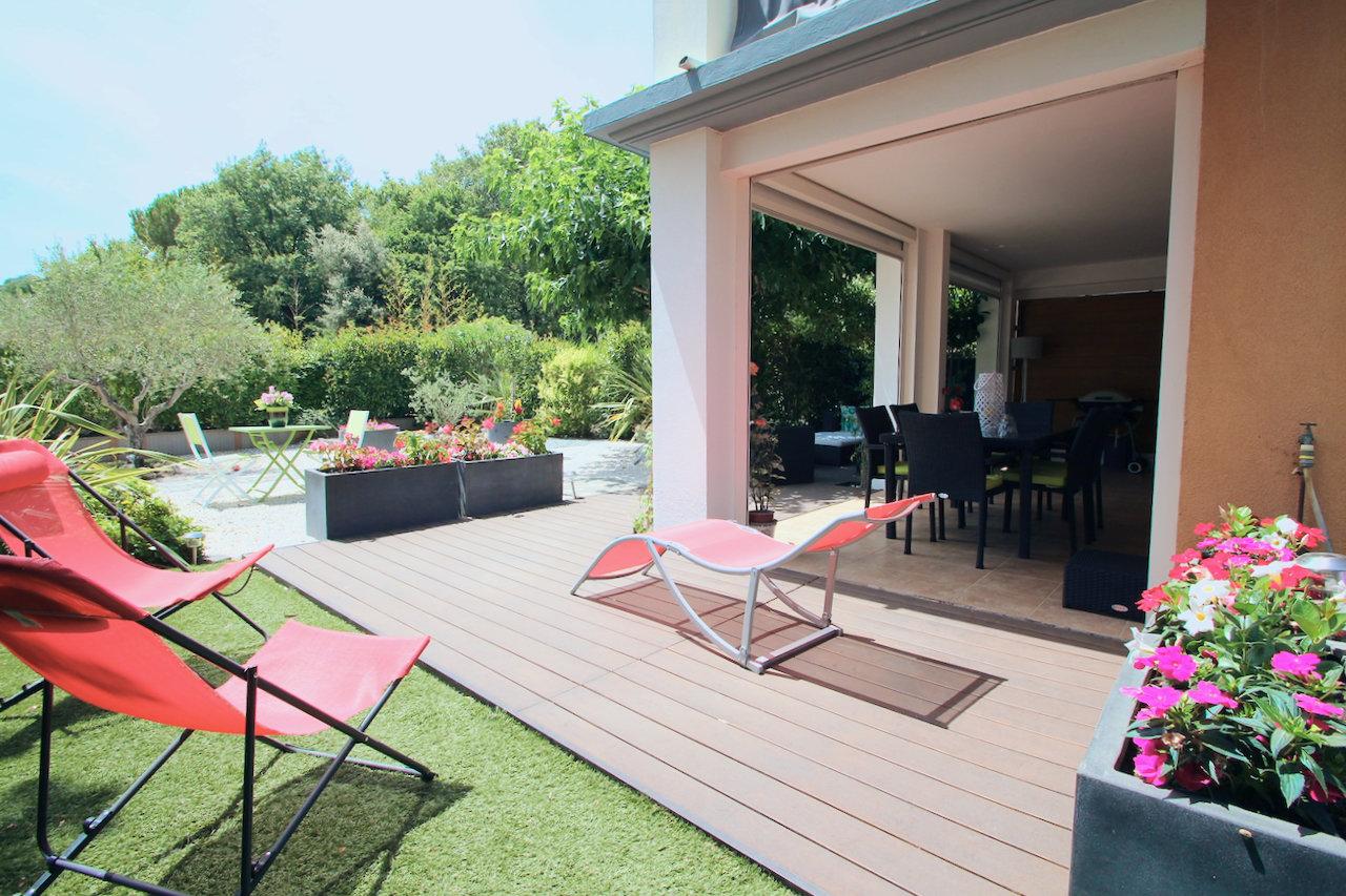 Sale Apartment - Roquebrune-sur-Argens