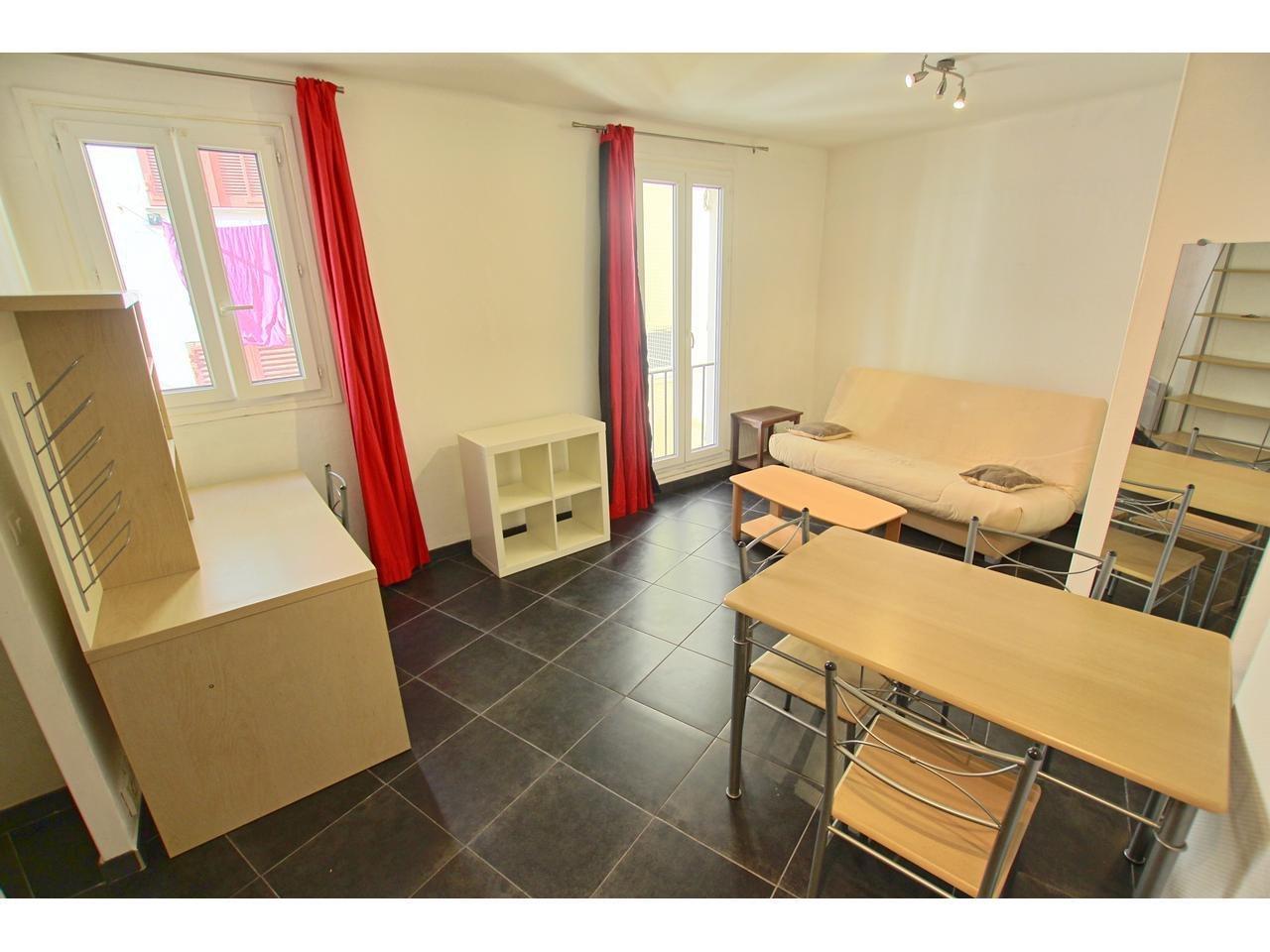 Studio meublé 28 m² centre ville antibes