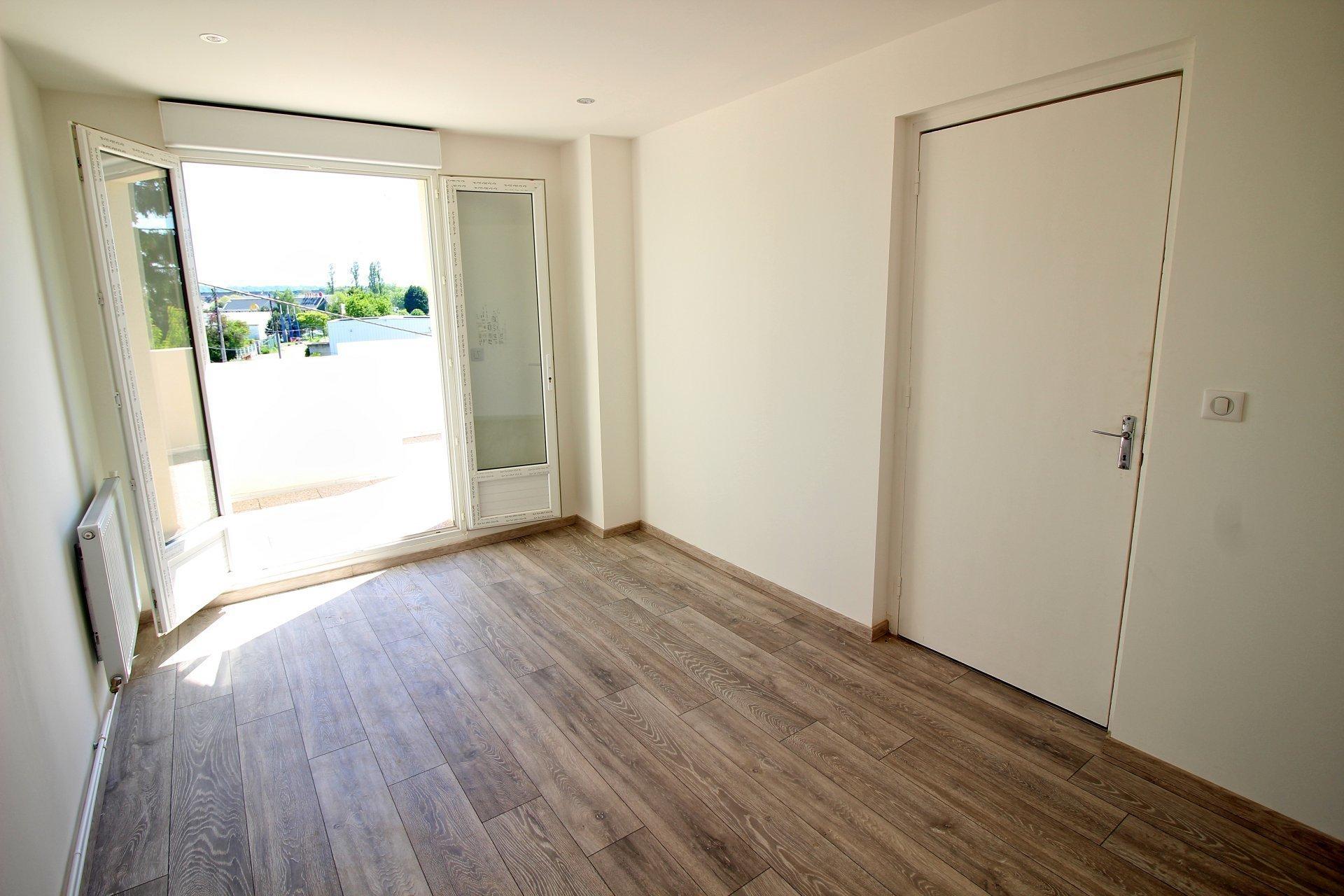 A vendre maison de ville à Saint-Etienne-Du-Rouvray