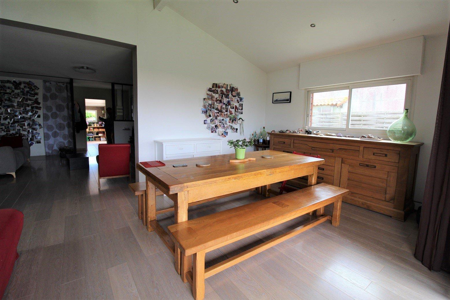 Grenade, maison meublé avec jardin