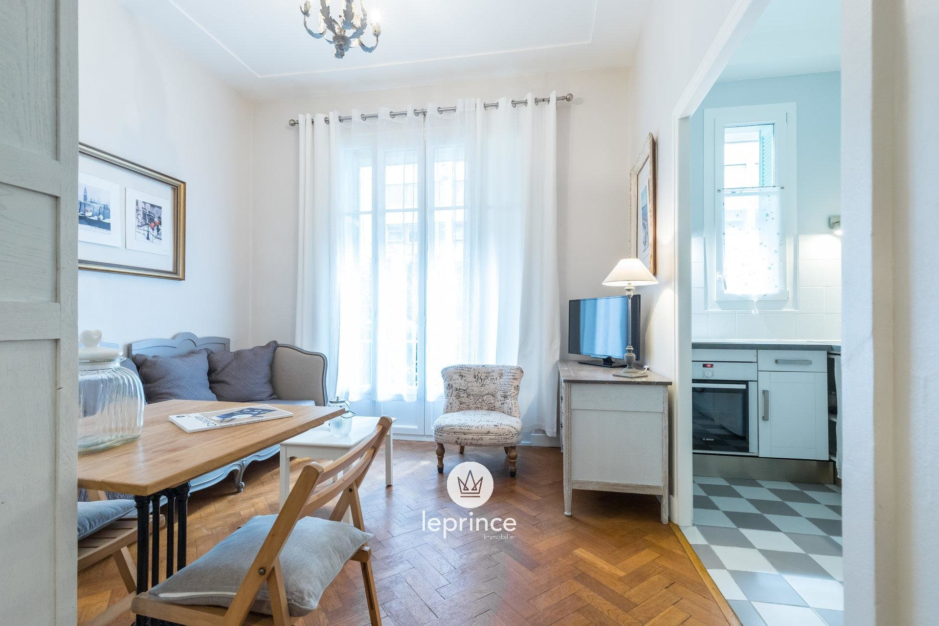 Nice Wilson / Alberti - Renovated and Furnished Studio with Garden view