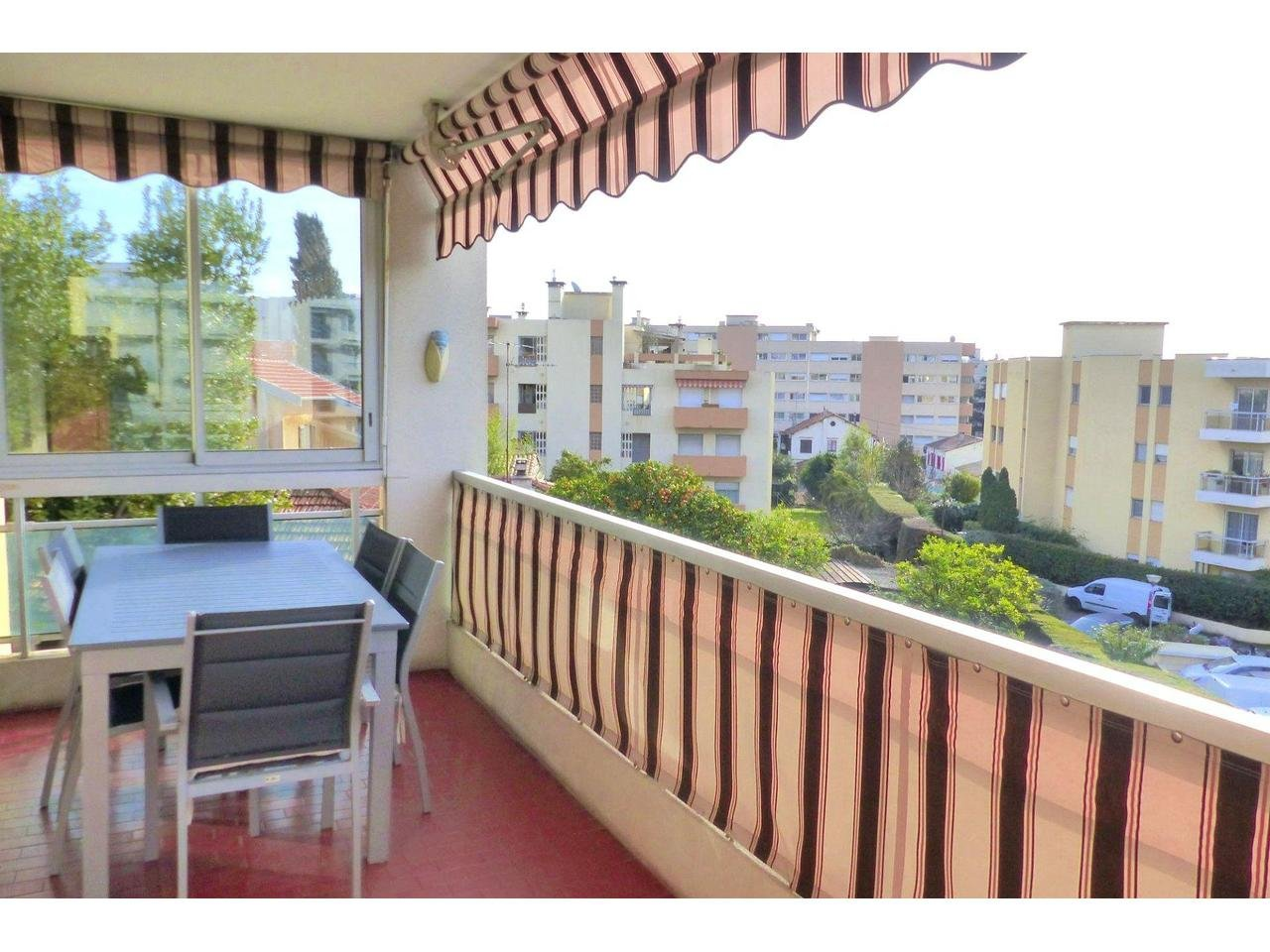 Appartement  3 Rooms 68.47m2  for sale   318 000 €