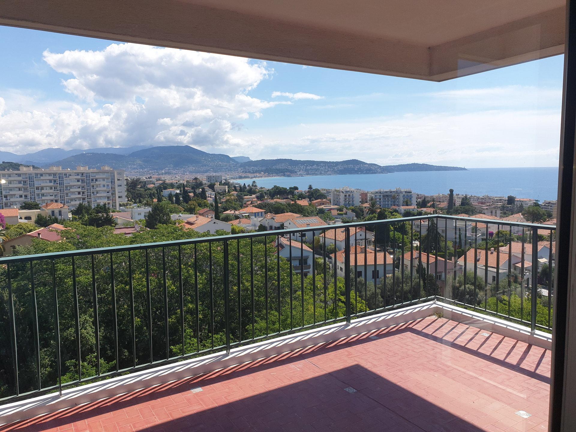 3 Pièces Nice, Vue Mer Panoramique, cadre exceptionel.