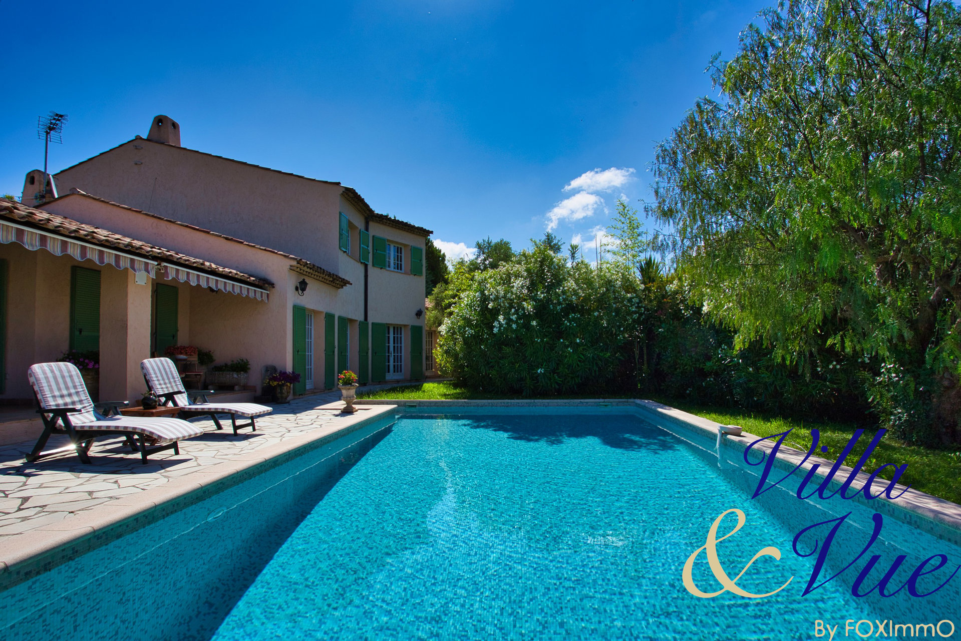 Beautiful typical provencal House, 5 bedrooms , swimming pool, south expo