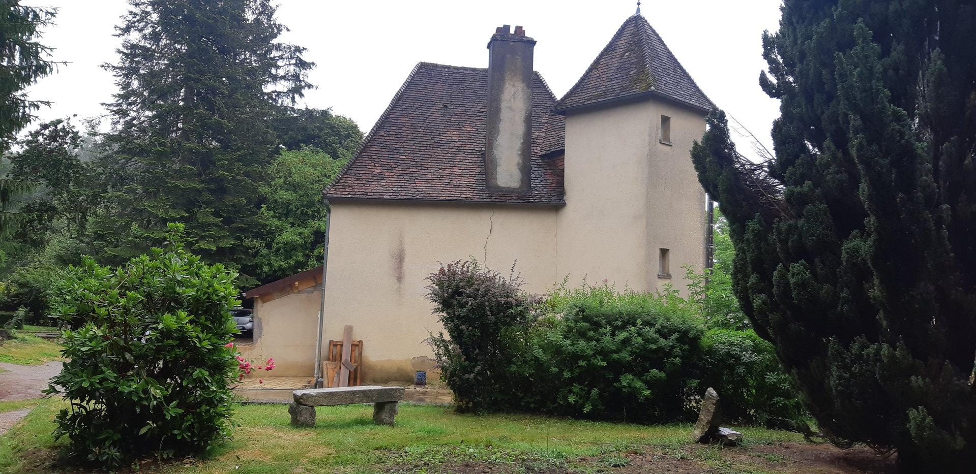 Belle maison cadre exceptionnelle avec 2 hectares en bordure de foret