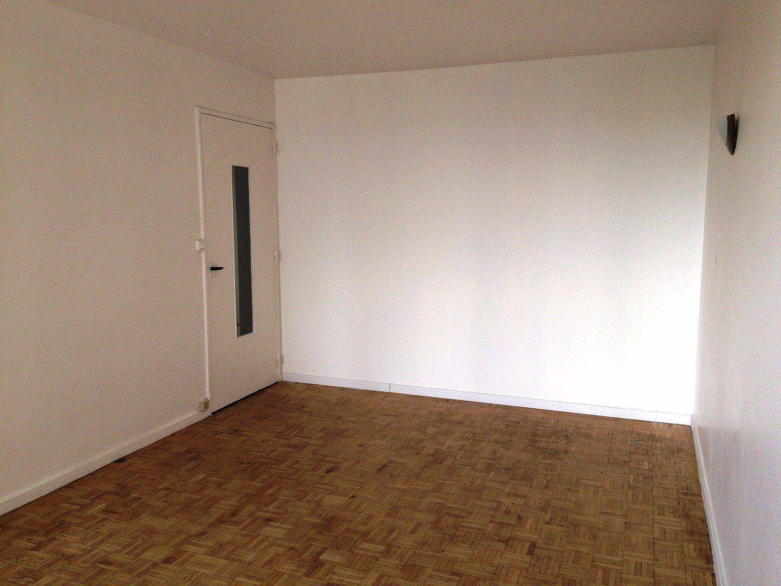 ARCUEIL 3 P 52,87+4 m² la VACHE NOIRE