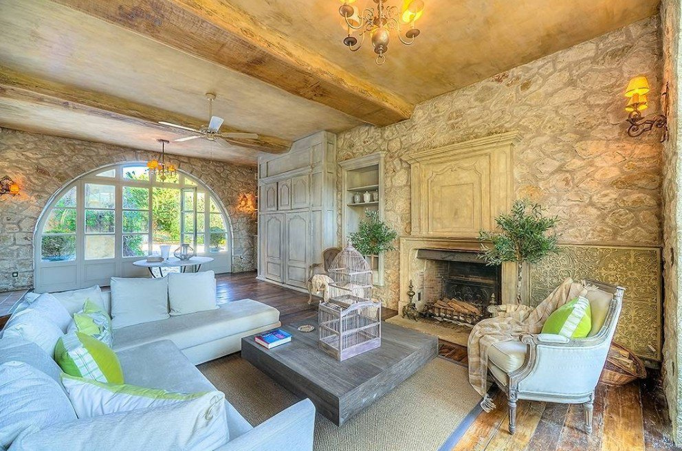 Chandelier, ceiling fan, natural light