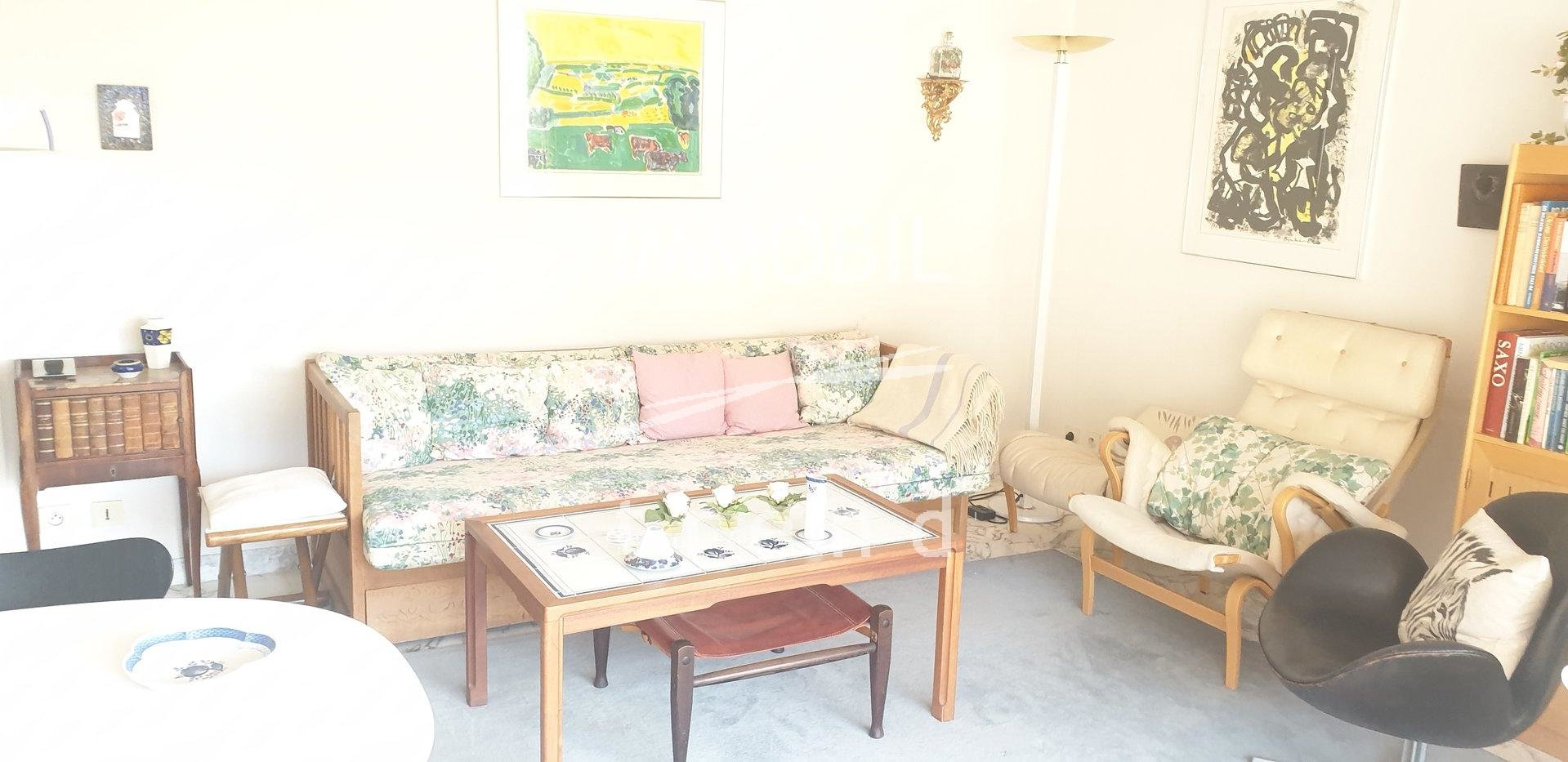 EXCLUSIVITY BEAUTIFUL 3 ROOMS APARTMENT WITH BALCONY AND PARKING