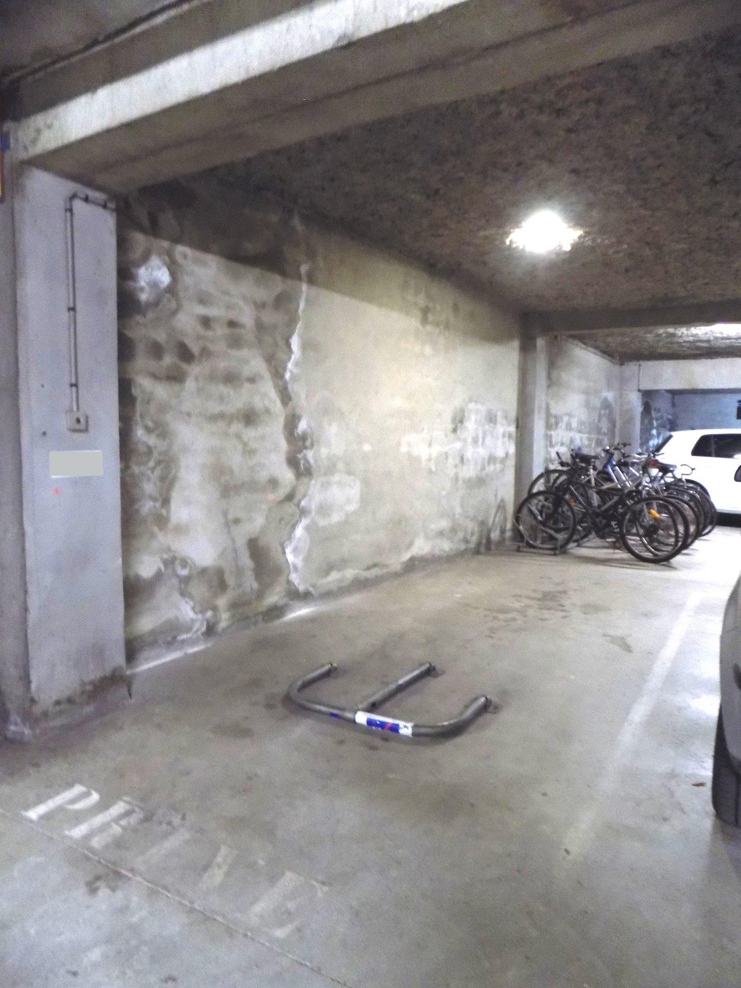 Parking en sous-sol - 31200 TOULOUSE CANAL DU MIDI
