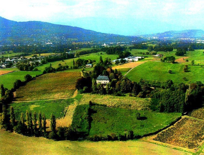Продажа Замок - Saint-Jeoire-Prieuré
