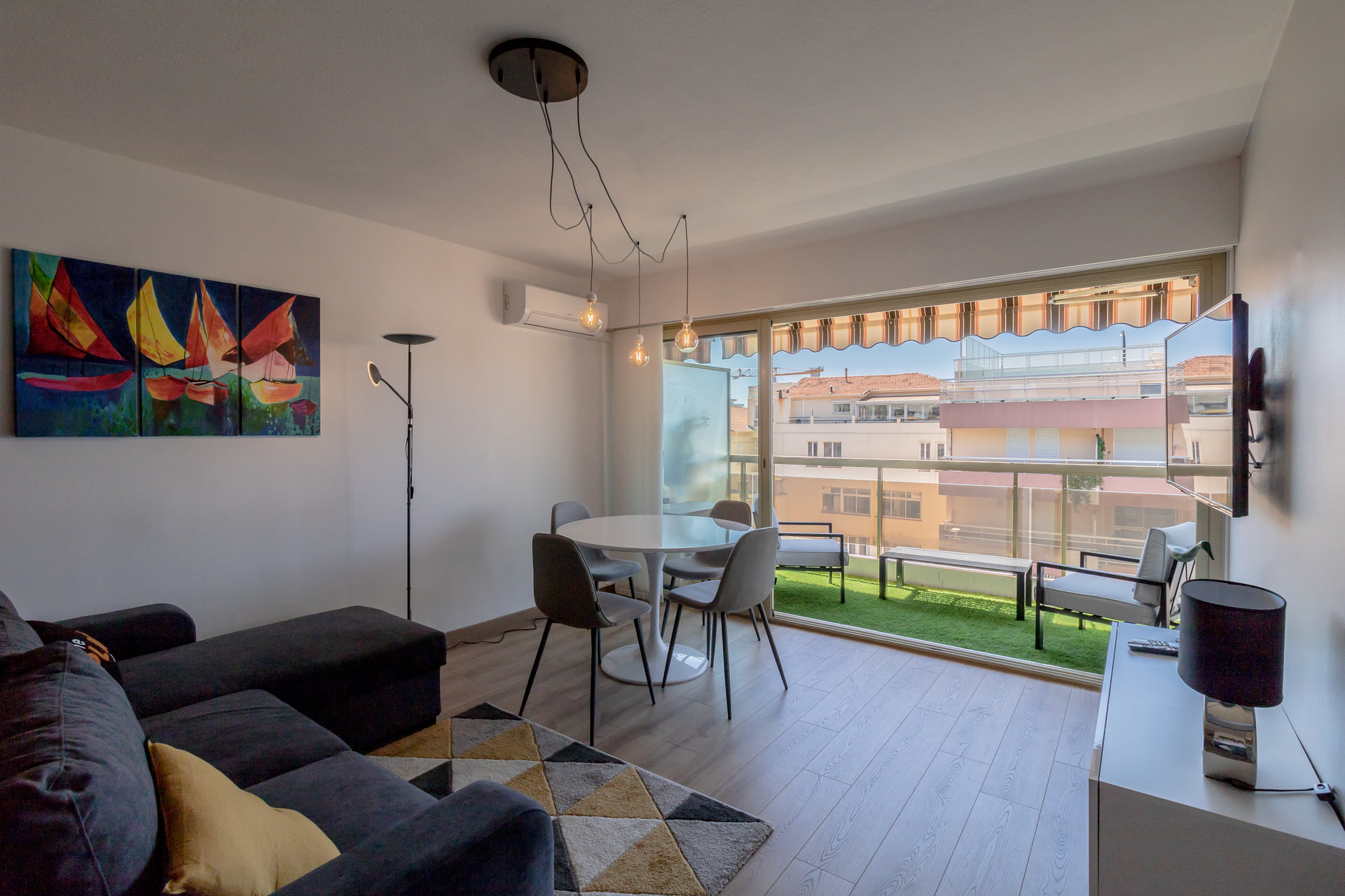 Juan les pins, studio 31m² terrasse, cave & parking