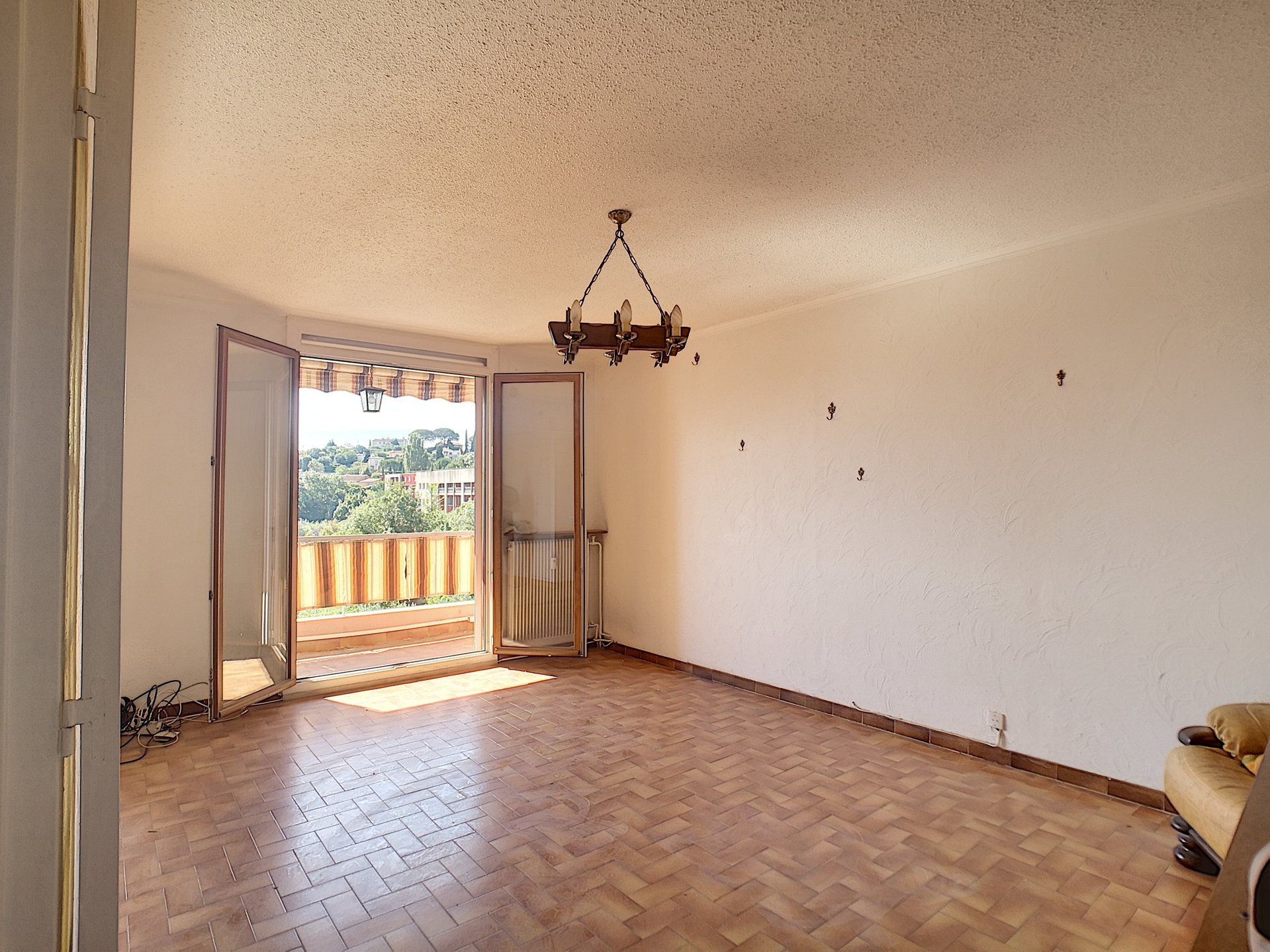 Sale Apartment - Grasse Saint-Claude