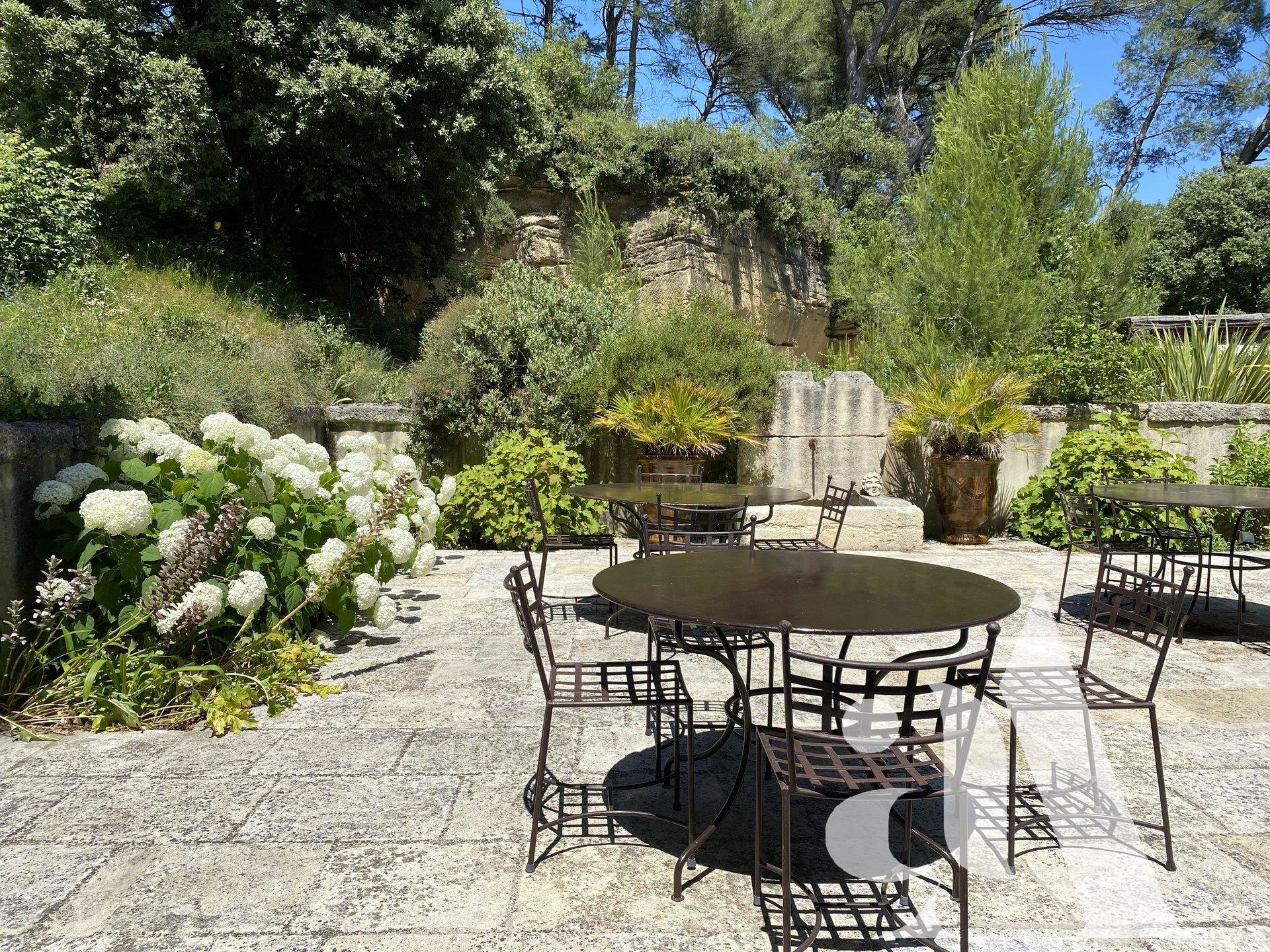 MAS DU FIGUIER - ST ETIENNE DU GRES- ALPILLES- 6 Bedrooms - 11 people