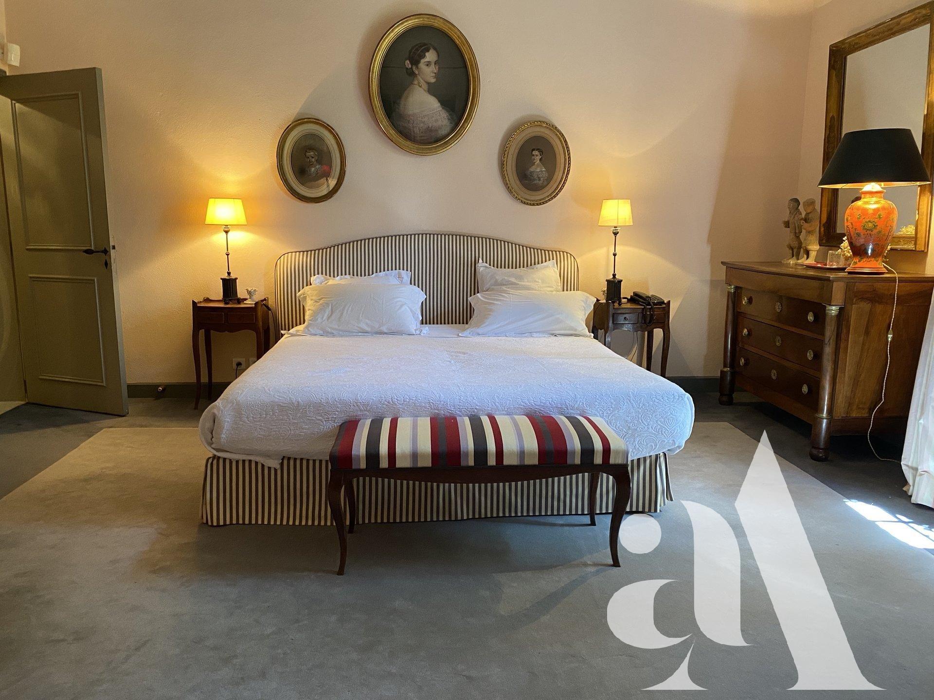 MAS DU FIGUIER - ST ETIENNE DU GRES- ALPILLES- 6 Bedrooms - 11 people