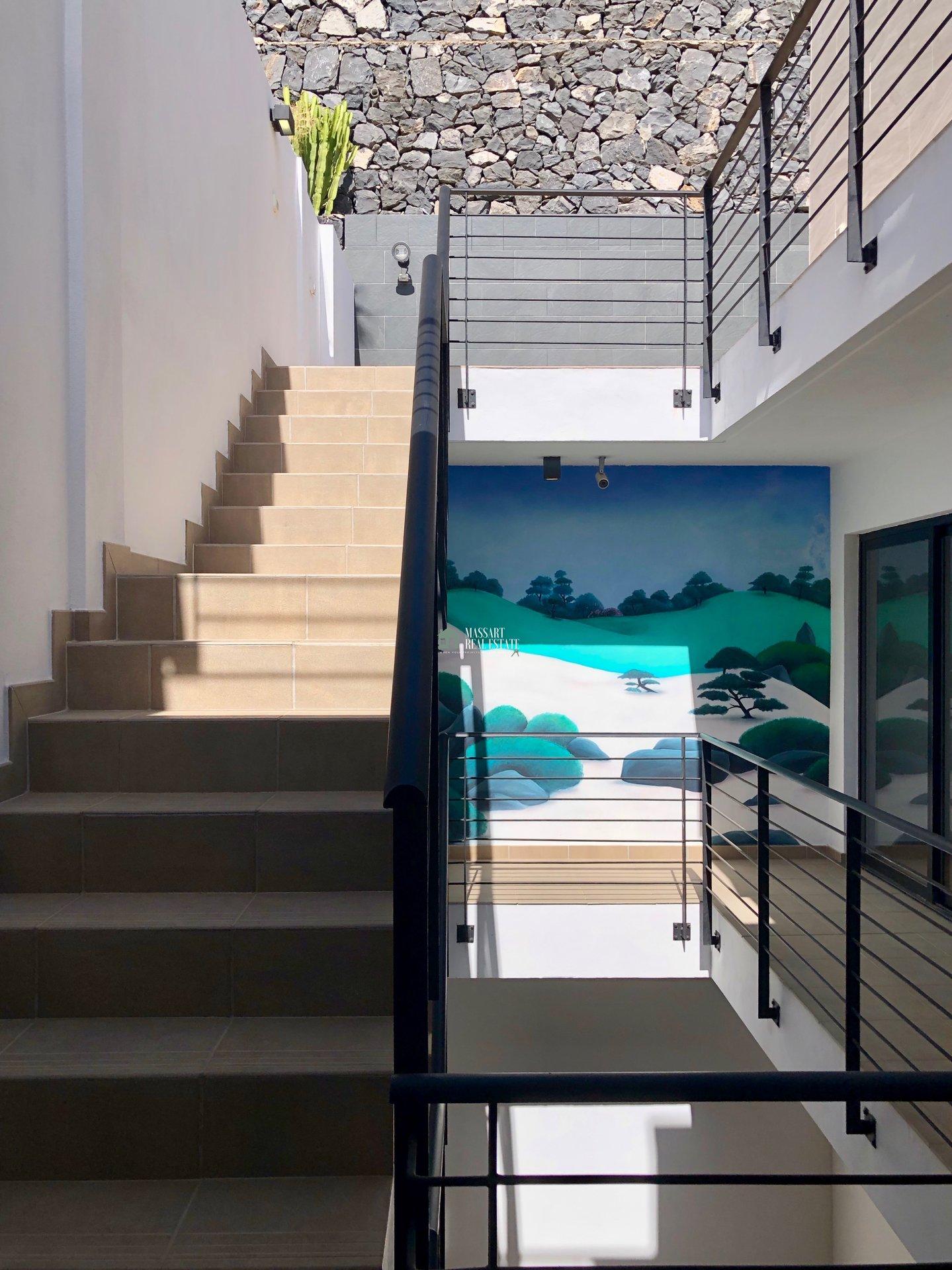 Prachtige villa te koop in een van de beste delen van Costa Adeje, La Caldera del Rey ... met panoramisch en bevoorrecht uitzicht op zee!