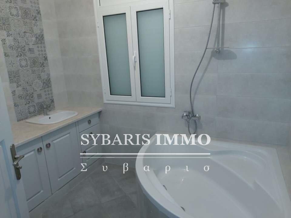 Location étage de villa S2 à gammarth village - Tunis