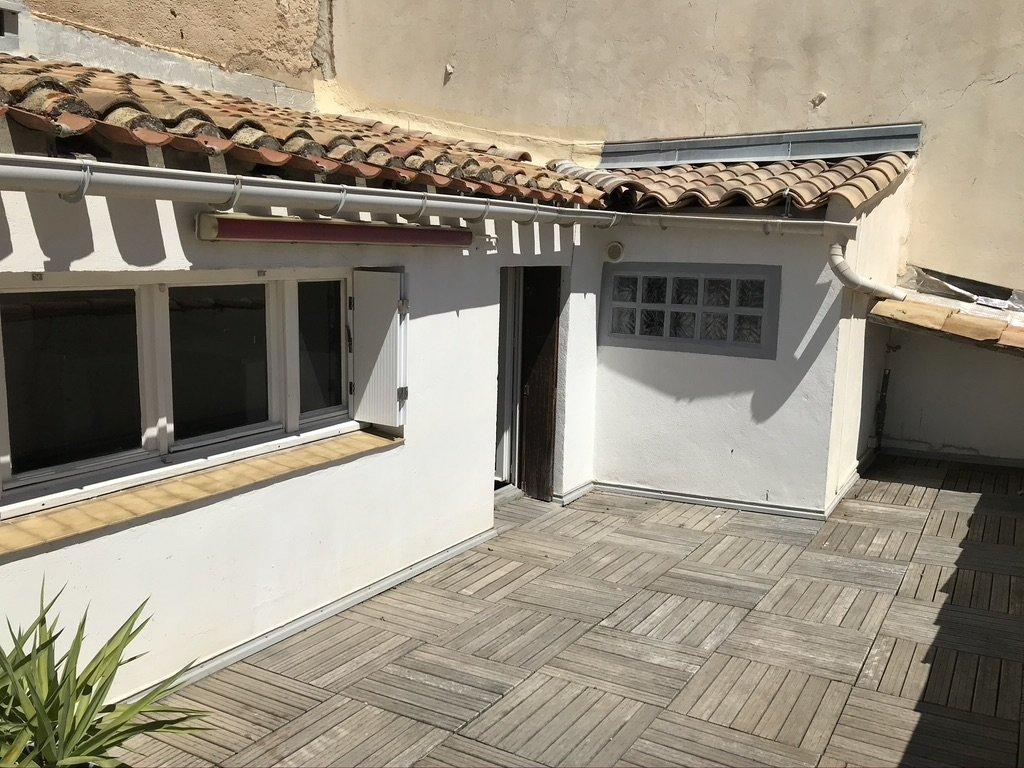 Appartement T2 avec terrasses.