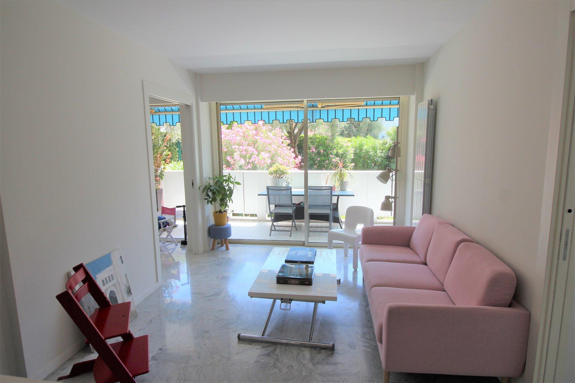 Cannes, Montfleury, 3P rénové, terrasse, garage.