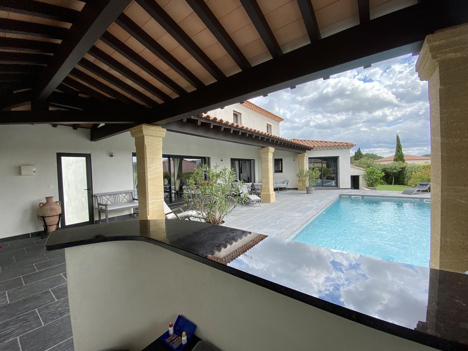 Villa contemporaine / 25 minutes d'Aix