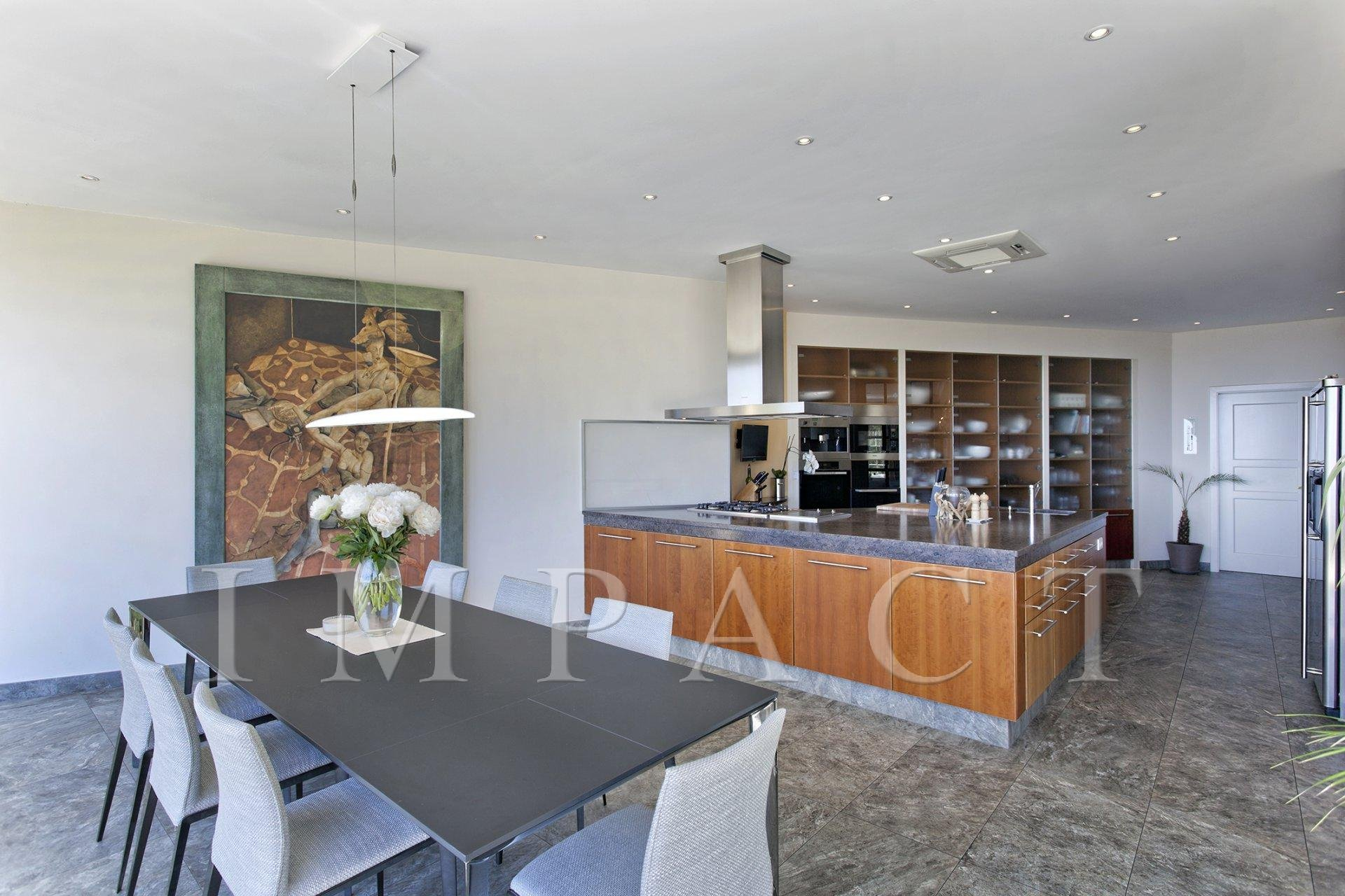 Luxury villa to rent in Cannes