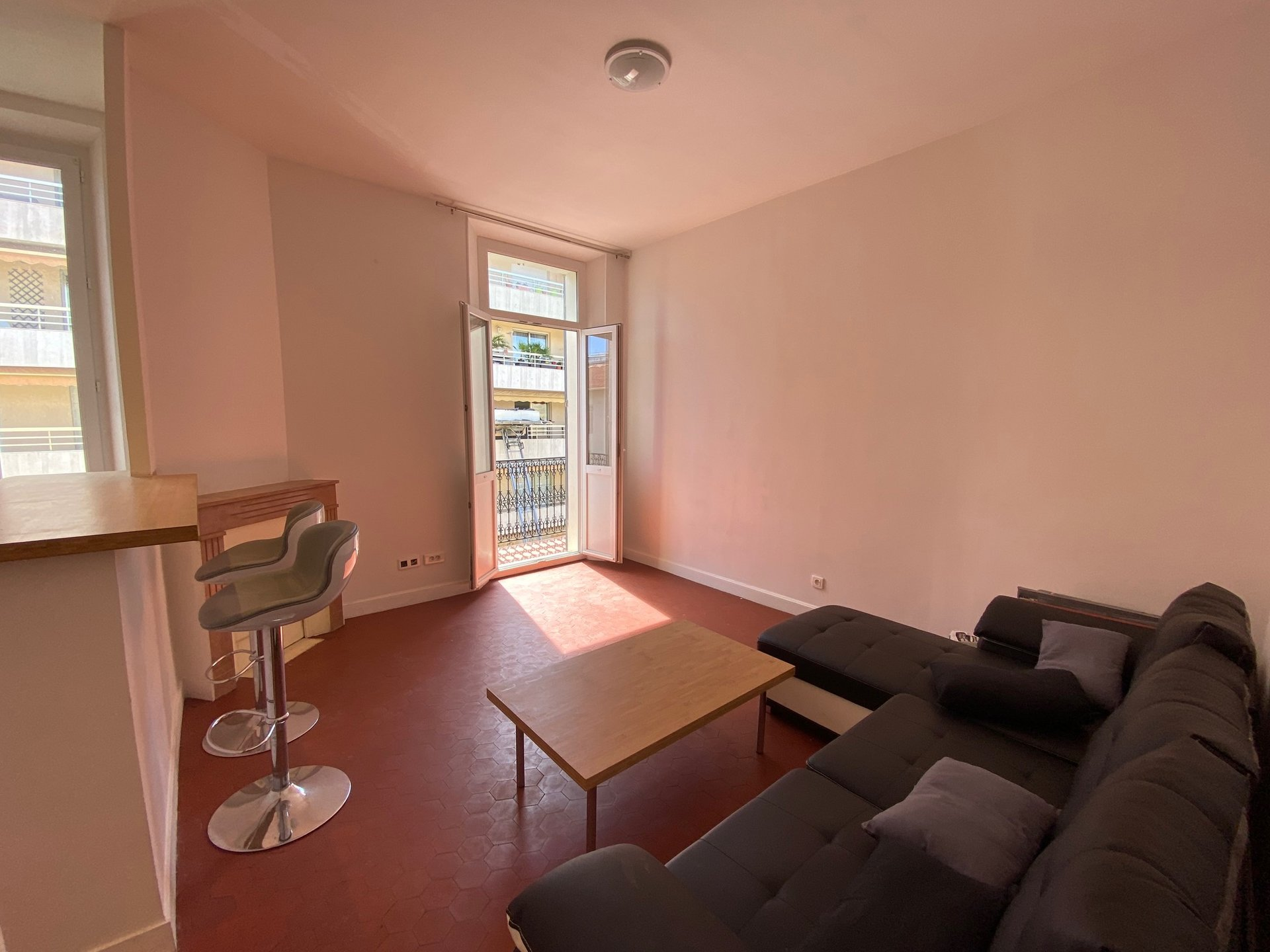 2P de 46 m² - Cannes-Gabres-