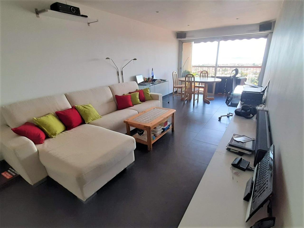 Appartement  3 Rooms 66.8m2  for sale   325 000 €