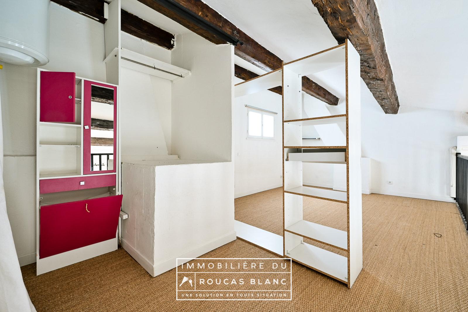 T2/3 duplex dernier etage climatisé double vitré