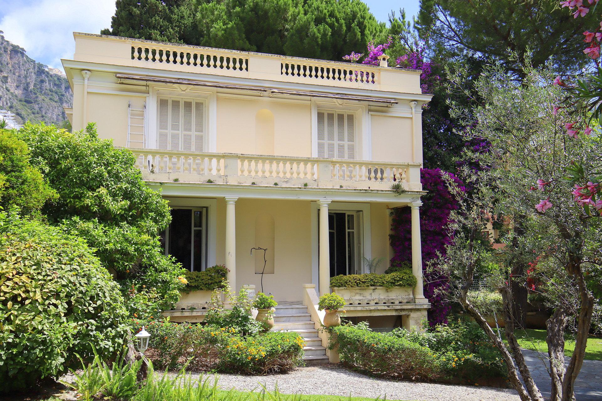 Beaulieur sur mer villa Belle Epoque