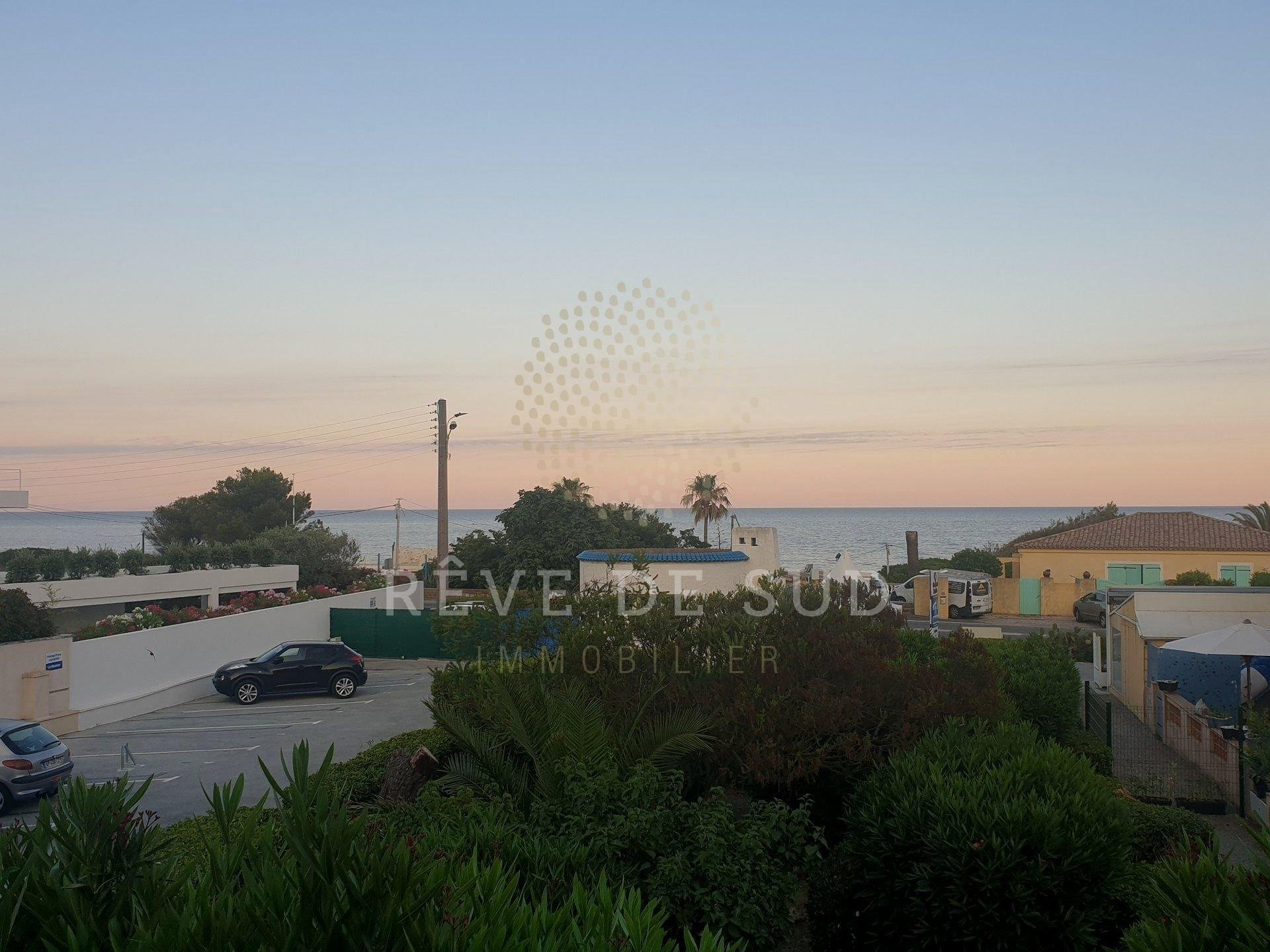 **NEW** MAZET sea view at LES ISSAMBRES