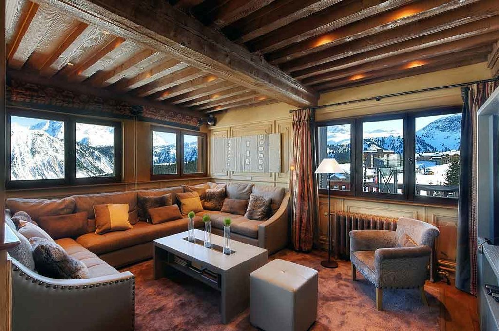 SEASONAL RENTAL CHALET COURCHEVEL 1850