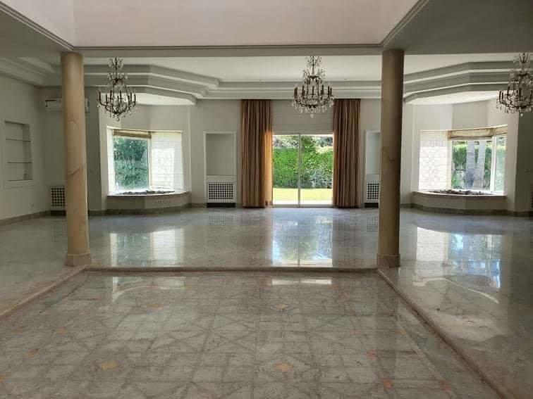 Location Villa de Luxe à La Soukra