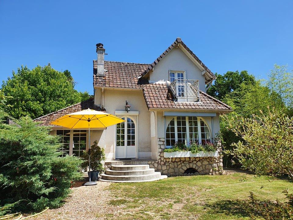 Montigny sur Loing : Maison de charme avec berge sur Le Loing