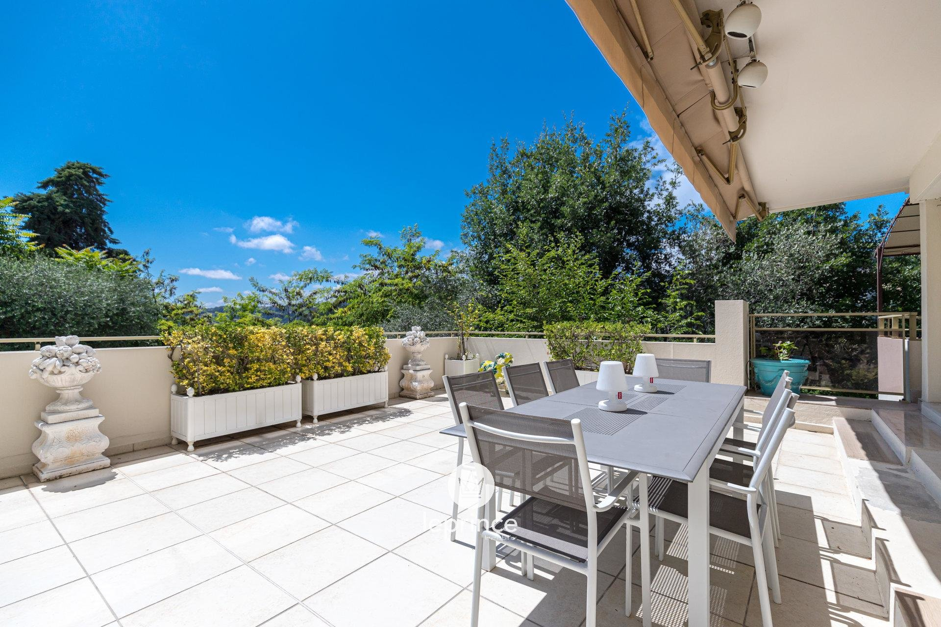 Cimiez - Apartment-Villa 3-bedroom Duplex Apartment - Terrace - Pool