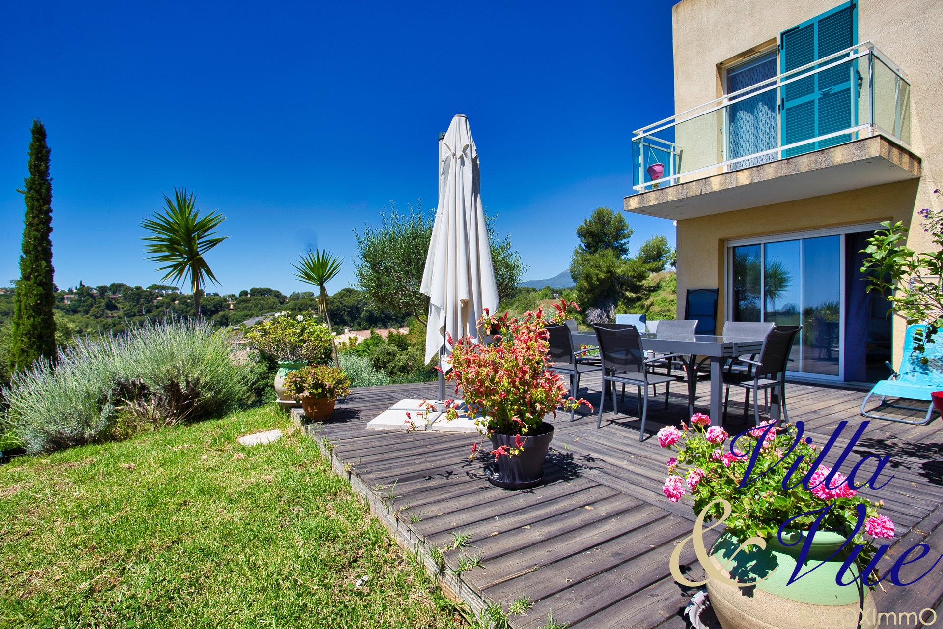 Casa unifamiliare in vendita, cagnes sur mer, tranquilla, vista mare