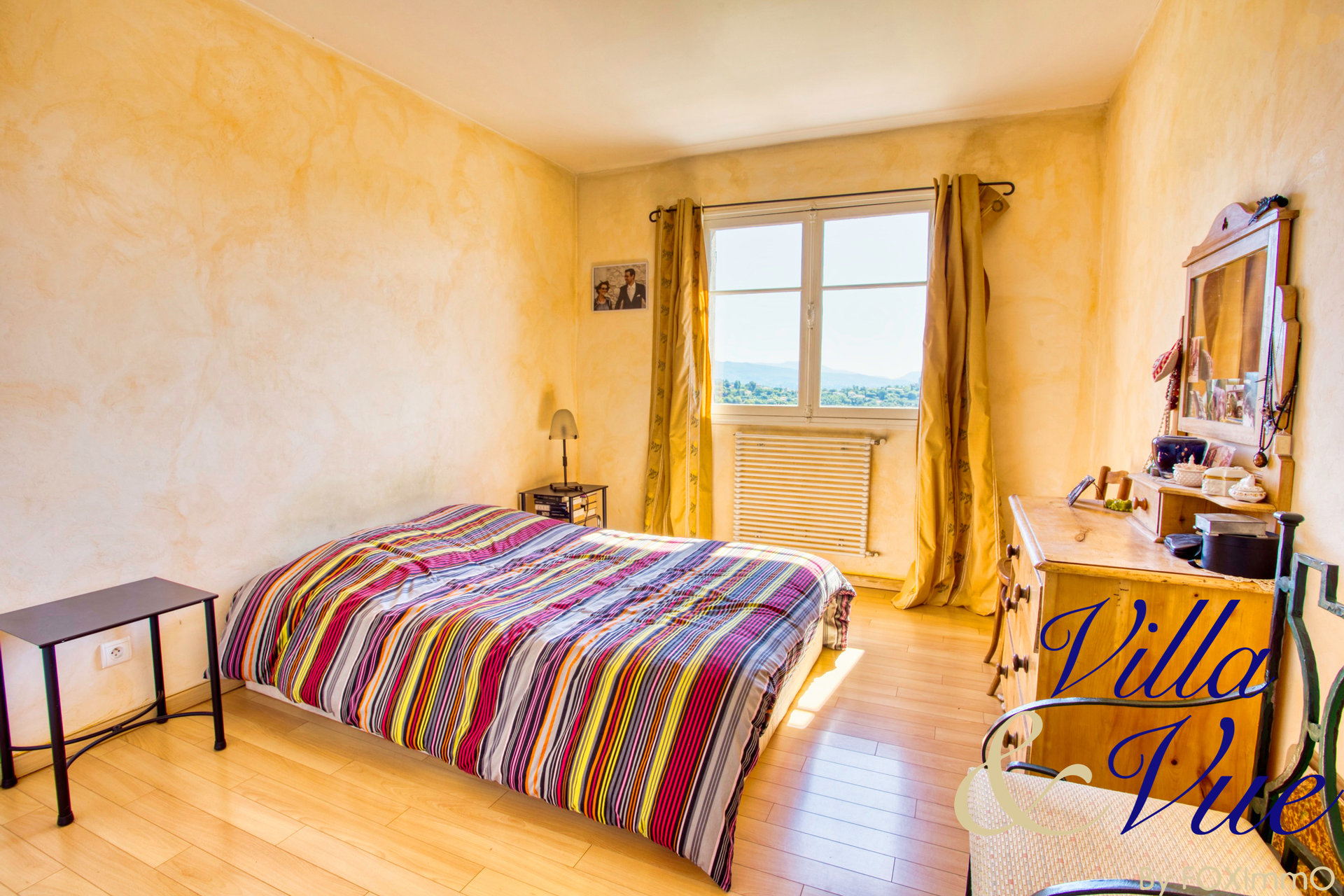Beautiful house for sale in 2 apartments, Vence, sea and mountain views