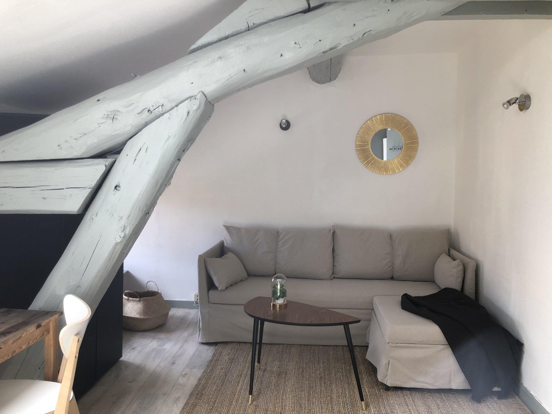 Studio meublé BROTTEAUX